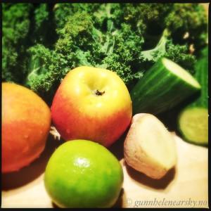 Grønnkåljuice ingredienser