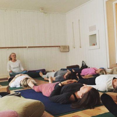 Yoga nidra for helsepersonell – og alle andre