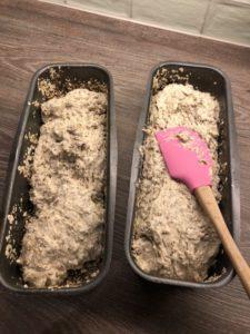 Eltefritt brød i to former innendørs