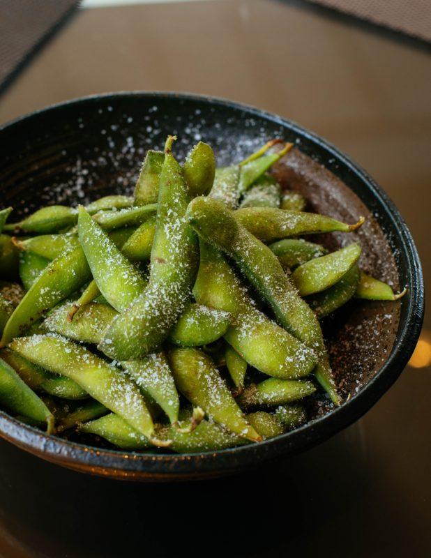 edamame soyabønner i skål