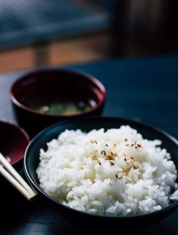 Kokt ris i bolle